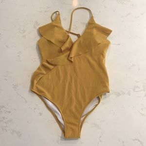 Cupshe yellow one piece size M